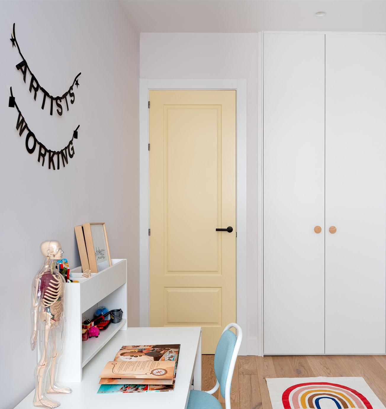 Reportaje fotográfico de arquitectura - Imagen de puerta de la habitación