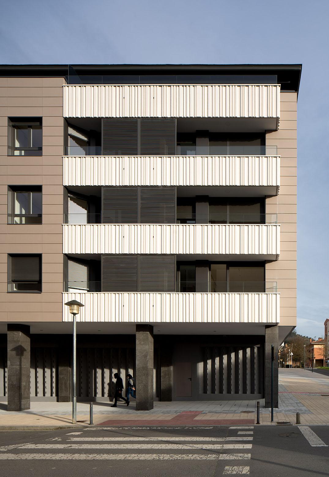 Fotógrafo de Arquitectura - Bloque de viviendas en Gernika